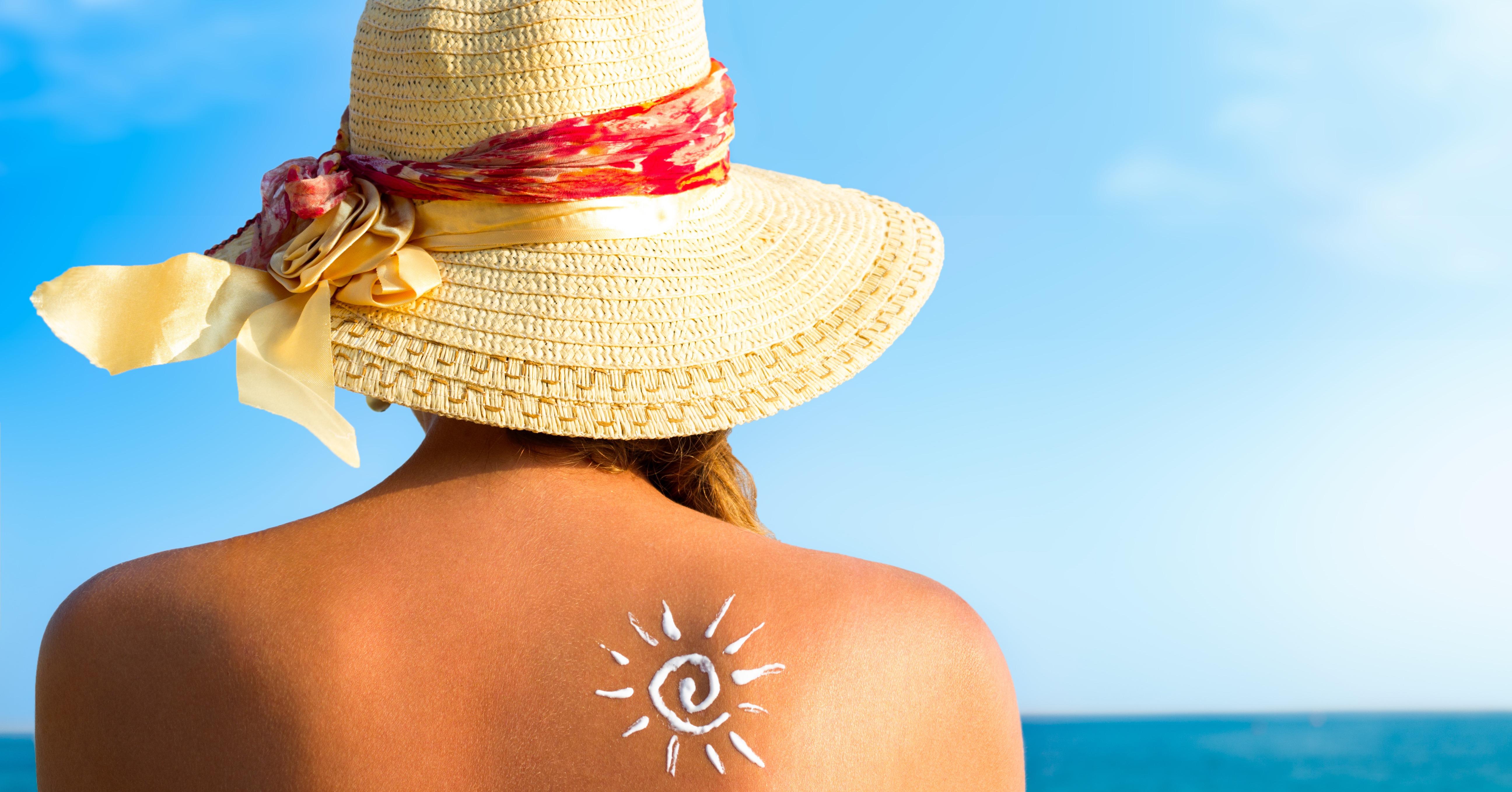 Aprenda a evitar o ressecamento da pele no verão! Cuidados antes e depois de tomar sol